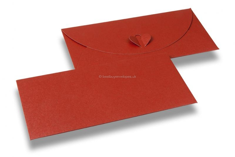 Envelopes with heart clasp - Red